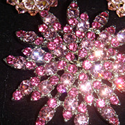 Pink Starburst or Flower Brooch With Loads of BLING
