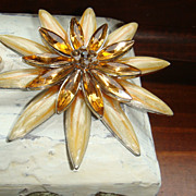 Enamel & Rhinestone Flower Brooch / Pin Caramel Color With Cognac / Topaz Navettes & Chatons