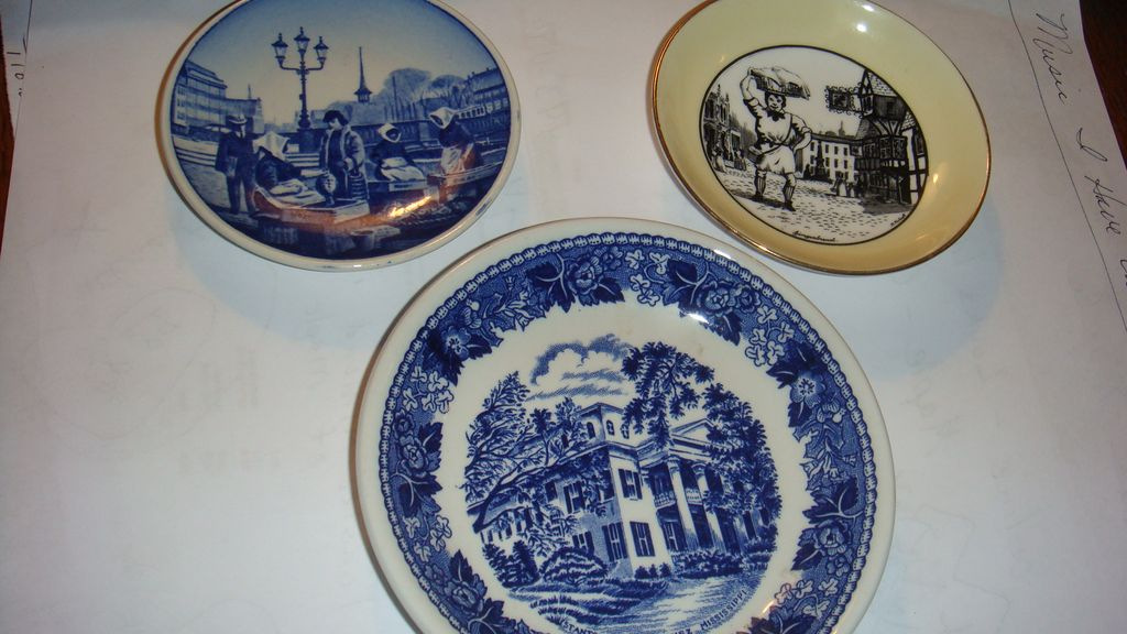 3 Mini Porcelain Plates Wood & Sons, Staffordshire, Adderly, Denmark