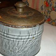 Near Mint Tiny Grey Swirl Graniteware Enamel Child's Lunch Pail Berry Bucket Tin Lid Bail Handle