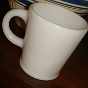 Hazel Atlas Wannabe Mug With Pedestal Rim at Bottom Excellent