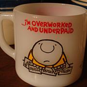 ZIGGY Overworked & Underpaid Mug Tom Wilson 1977 Universal Press