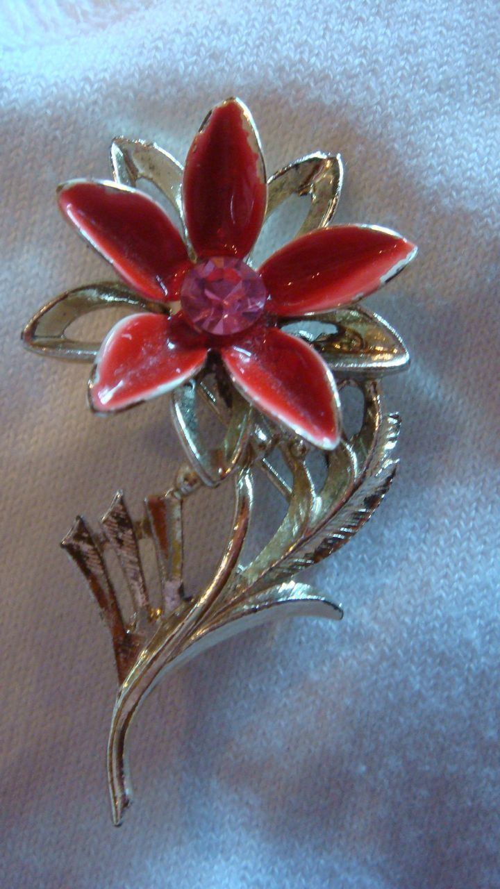 Enameled Rhinestone Poinsettia Christmas Flower Pin Brooch Dimensional