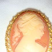 """2"""" Oval Vintage Cameo Brooch Pendant Gold Tone Filigree Reticulated Bezel Set Frame"""