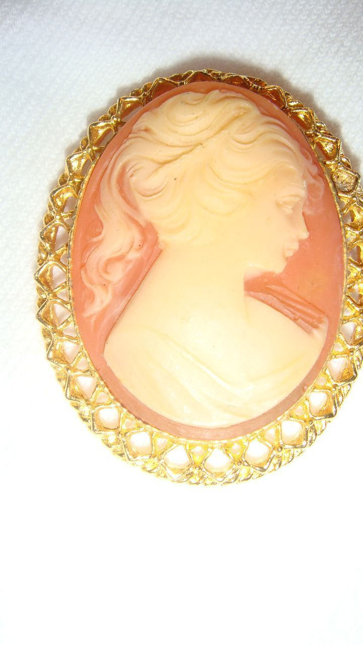 2 Quot Oval Vintage Cameo Brooch Pendant Gold Tone Filigree