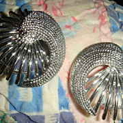 Vintage Sarah Coventry Earrings Shiny & Textured Silver Tone Like New
