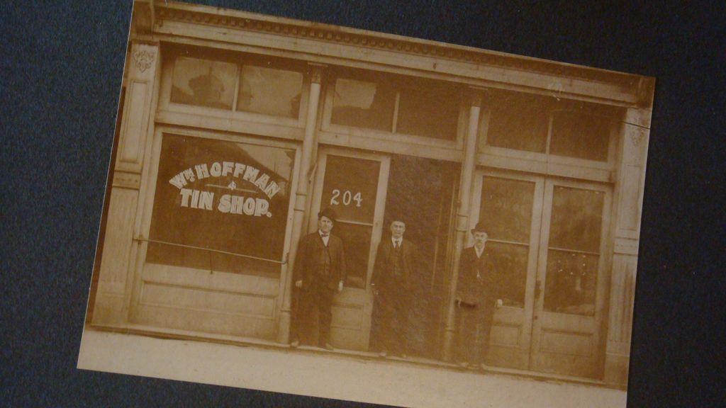Paducah, KY Advertising Wm. Hoffman Tin Shop Photograph Matted Card 3 Men Derby Hats