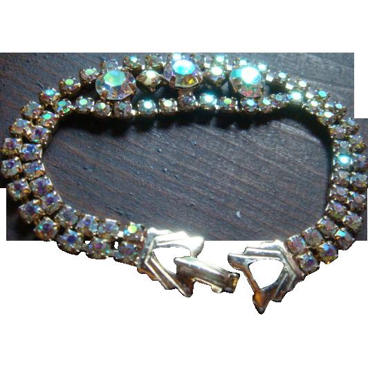 Vintage Weiss Bracelet Prong Set Aurora Borealis 3 Large Center Stones