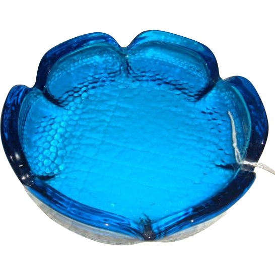 Electric Blue Daisy Shaped Pebble Glass Ashtray