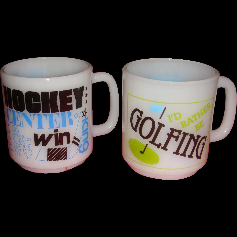 2 vintage sports mugs golfing and hockey glasbake kitchen