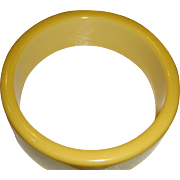 Excellent One Inch Wide Sunshine Yellow Bakelite Bangle Bracelet Tested
