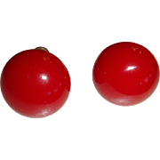 Vintage True Cherry Red Domed Button Bakelite Earrings Screw Back