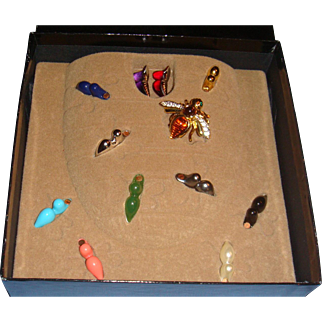 Joan Rivers Figural Bee Brooch 12 Interchangeable Magnet Stones Original Beehive Box