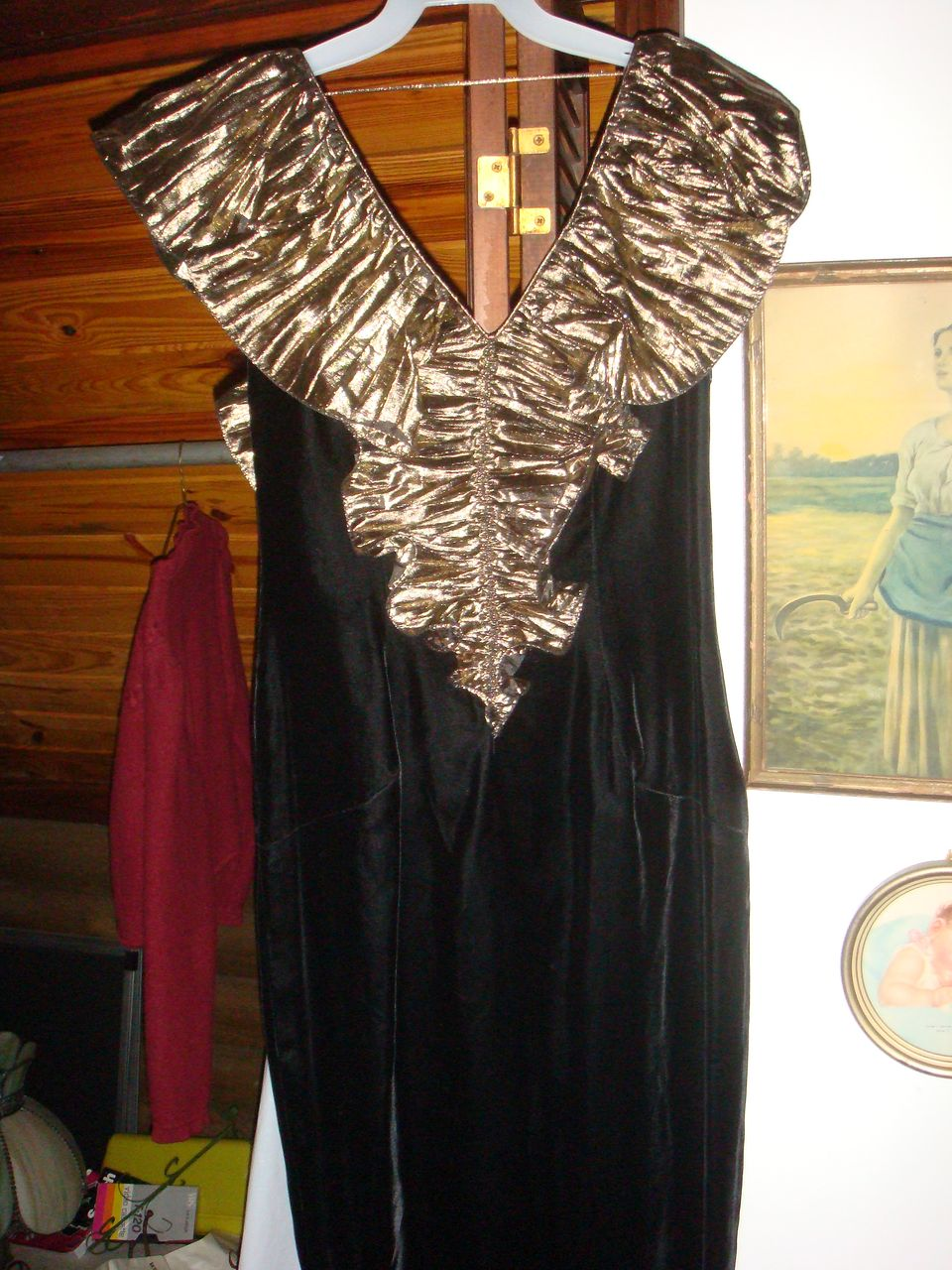 Size 8 Black Velvet & Gold Metallic Wiggle Party Dress
