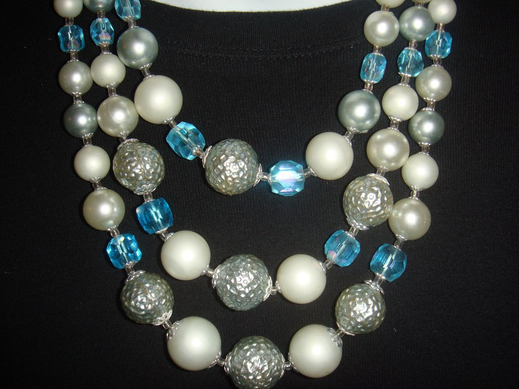 Triple Strand Necklace Beads Faux Pearls, Blue Faceted Beads & Hammered Silver Japan