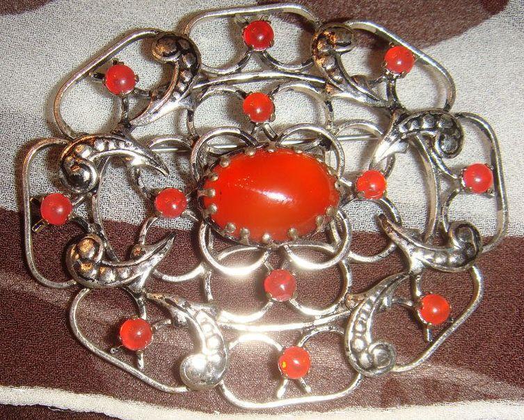 Wonderful Austrian Prong Set Carnelian Silver Brooch Great Design!