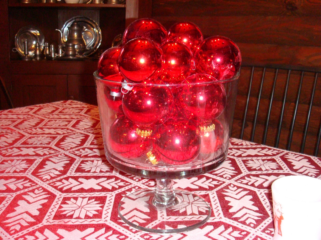 Beautiful Large Clear Glass Truffle Bowl Punch Bowl