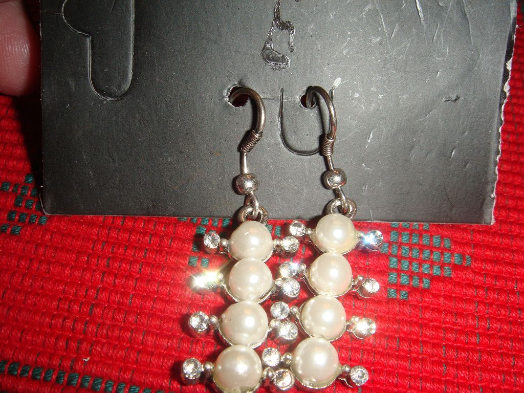 Cool Rhinestone and Faux Pearl Dangle Pierced Earrings Mod Style!