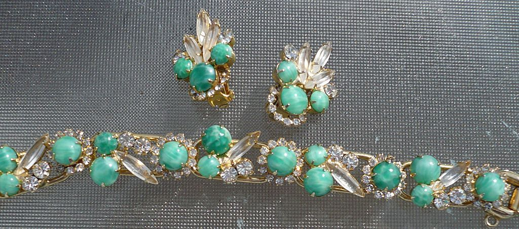 Juliana D & E Rhinestone Bracelet & Earrings Givre Cabachons
