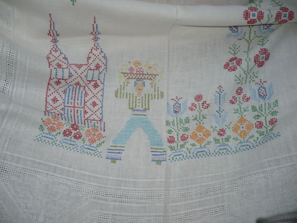 Hand Embroidered People Floral Table Cloth
