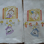 Embroidered Fingertip Towels