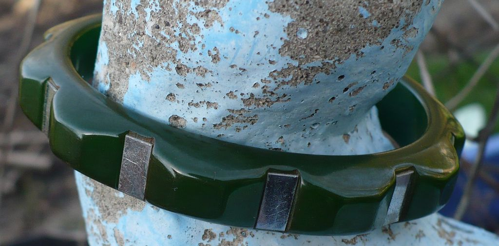 Bakelite & Chrome  Bracelet