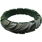 Green Bakelite Leaves Bracelet