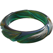 Bakelite Carved Prystal Bracelet