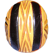 Bakelite Two Color Ring