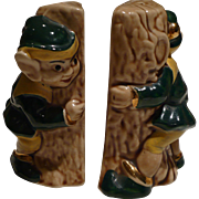 Peek-a-Boo Elves Salt & Pepper Set