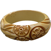 Cream Bakelite Carved Bracelet