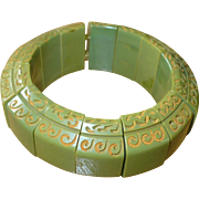 Green Bakelite Stretch Bracelet