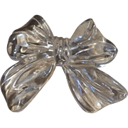 Lucite Bow Pin