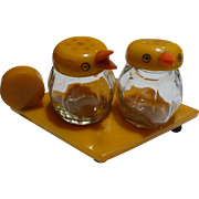 Bakelite Bird Salt & Pepper Set