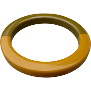 Bakelite Two Color Bracelet