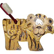 Lion Mid Century Clay Holder