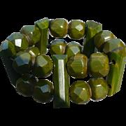 Bakelite Green Bead Bracelet