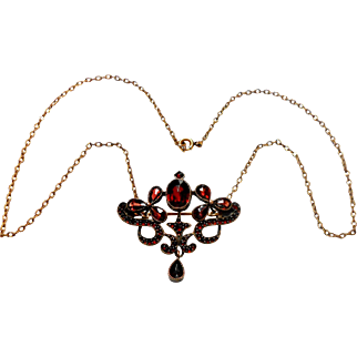 Beautiful Scrolling Bohemian Garnet Necklace/Brooch circa 1910