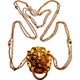 Signed Mimi Di N 1974 Gold Tone Lion Knocker Statement Necklace
