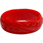 Red Deeply Carved Bakelite Bangle circa 1930