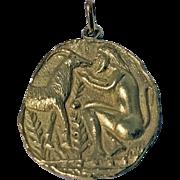 18K (tested) Yellow Gold Pendant Medallion, 20th century