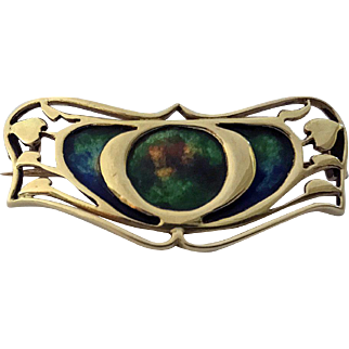 Gold Enamel Art Nouveau Brooch, possibly Archibald Knox for Liberty, C.1900
