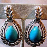 Vintage Faux Turquoise Cabochon Teardrop/Silver Tone Earrings Clip-Ons