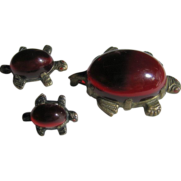 Vintage 3 Red Lucite Turtles Family Figural Pin/Pins/Brooch