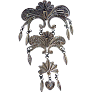 Fine Delicate Articulating Filigree Vintage Long Dangling Brooch/Pin/Pendant Heart