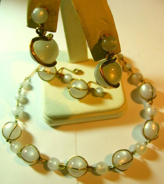 Vintage Lucite Gray Moon Glow Bead Necklace & 2/Earrings SET