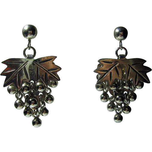 925 Sterling Silver Vintage Pierced/Post Earrings Mexican Dangling Grapes