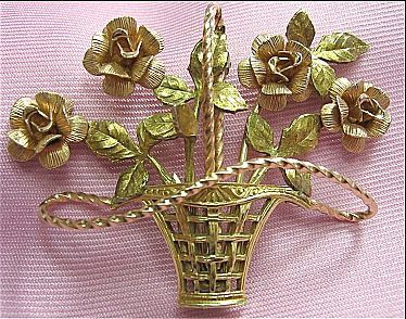 Signed Krementz Rose Flower Basket Pink & Gold Tone Pin/Brooch
