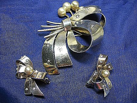 Brooch & Earrings Set Vintage Fine Sterling Silver 925 Bow Rhinestones & Faux Pearls