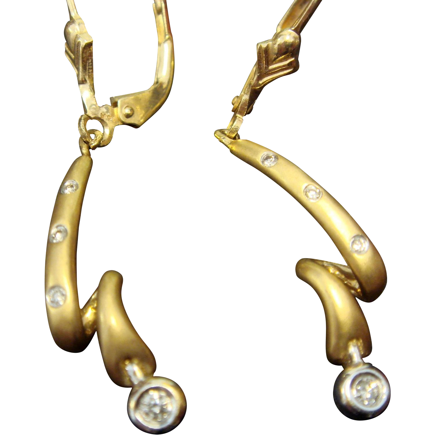 18K Yellow Gold Drop Earrings with Diamonds